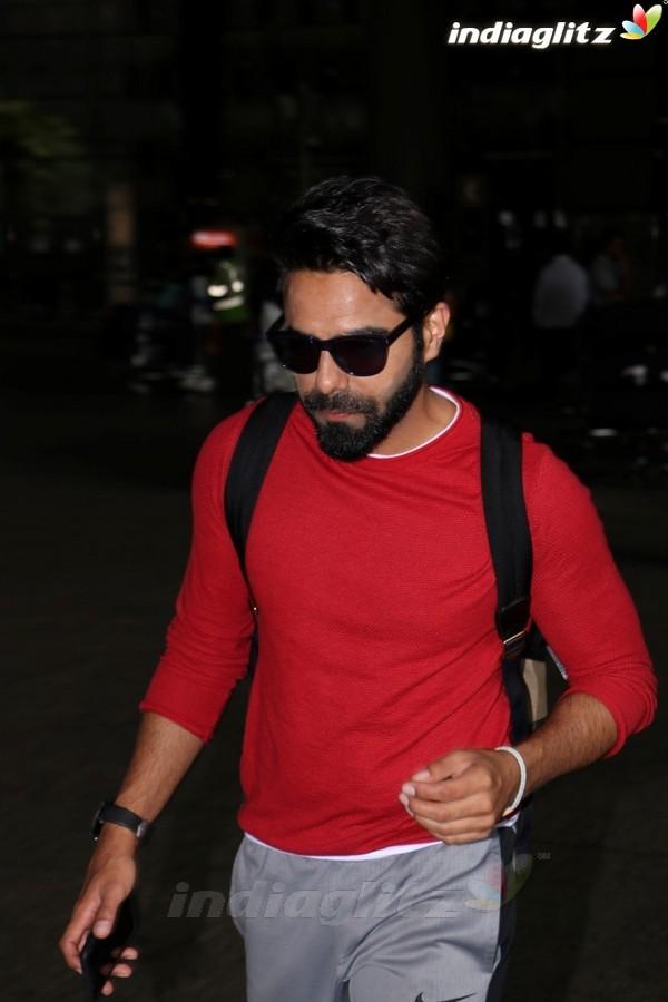 Aparshakti Khurrana Spotted at International Airport