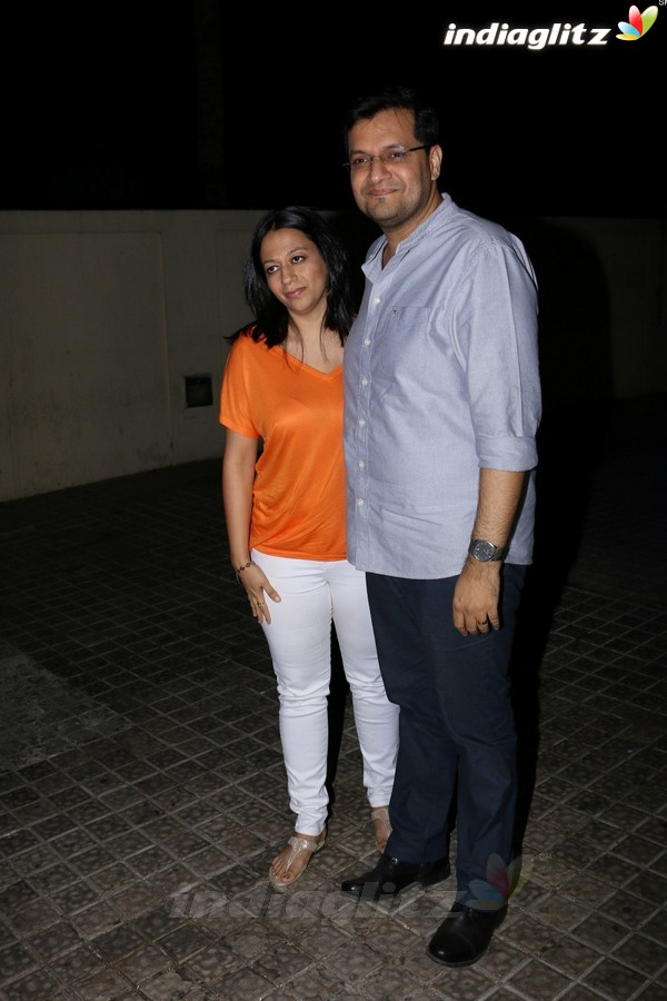 Varun & Alia With Family at 'Badrinath Ki Dulhania' Screening