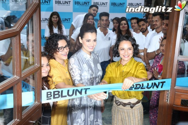 Events dia mirza adhuna akhtar at launch of bblunt 39 s for Adhuna akhtar salon