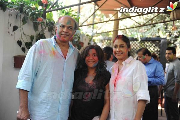 Bollywood Celebs Holi 2017 Celebration