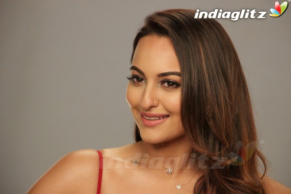 Sonakshi Sinha at Nach Baliye Season 8 Media Interview