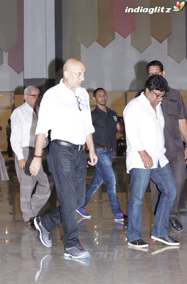 Akshay Kumar at Suniel Shetty's Father Chautha