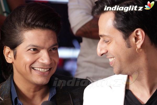 Varun, Alia Promote 'Badrinath Ki Dulhania' On 'The Voice India'