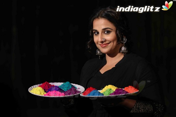 Vidya Balan Promotes 'Begum Jaan' With Holi Celebration