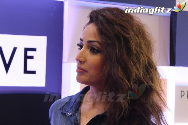 Yami Gautam at Store Launch of Project Eve