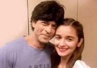 Alia Bhatt admires Shah Rukh Khan