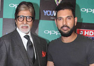 Amitabh Bachchan hails Yuvraj as Champion