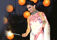 Deepika Padukone to have Diwali blast with family
