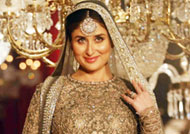 Kareena to return with Anita Dongre's show post pregnancy