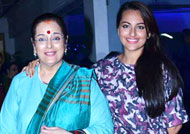 Sonakshi Sinha's mother worried!