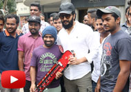 Riteish Deshmukh Visits Fans at 'Banjo' Screening