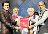 Sonu Nigam honored by Haryana Government