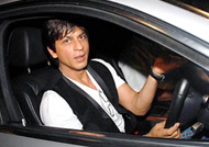 Shah Rukh Khan's car stopped by female fan: Watch