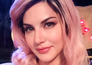 Sunny Leone changes her hair colour! Look Here