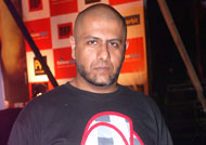 Music Director Vishal Dadlani in TROUBLE
