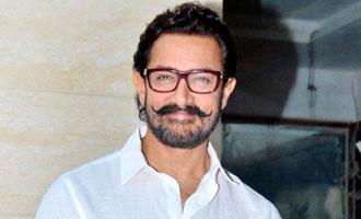 Aamir Khan takes dancing lessons from Sanya Malhotra