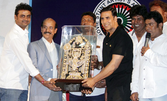 Akshay Kumar attends Movie Stunt Artist's Committees General Body Meeting
