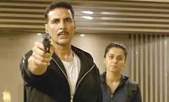 PUNCHING: Taapsee & Akshay Kumar in 'Naam Shabana' latest trailer