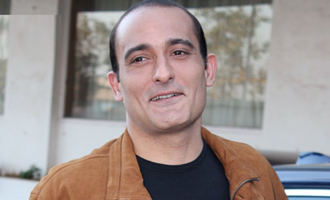 I don't resemble my father, says Akshaye Khanna