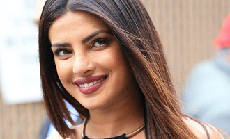 Would love to write with or for Priyanka Chopra: Dasu