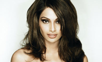 Bipasha thanks her four million followers