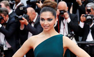 Lady Gaga goes gaga over Deepika Padukone's Cannes Look