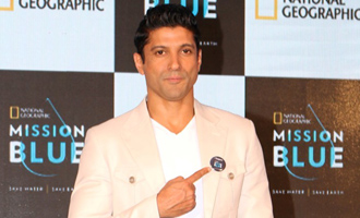 Farhan Akhtar: Save Water