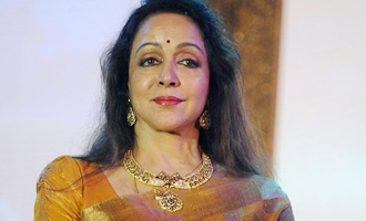 Hema Malini turns emotional at India Today Summit and Awards