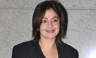 Pooja Bhatt to pen her battle with bottle in book