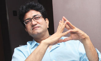 Let's not use CBFC for controversy: Prasoon Joshi