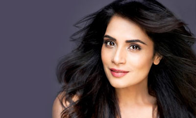 Richa Chadha to turn into author