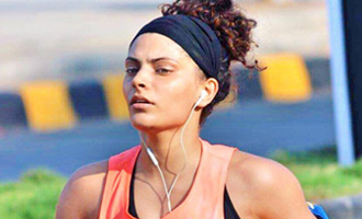 Saiyami Kher runs for healthy life