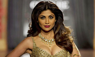 Shilpa Shetty to walk for Monisha Jaising at ICW 2017