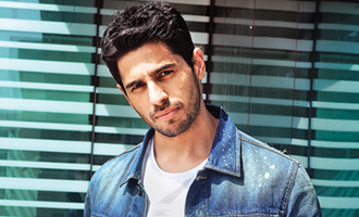 Sidharth Malhotra: Suneil Shetty really fit for his age
