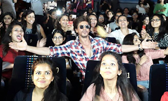 SRK aka Harry with his 7000 Sejals in Ahmedabad: 'Radha' Song Launch