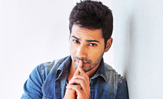 AWW Varun shoots for 'Judwaa 2' despite viral fever