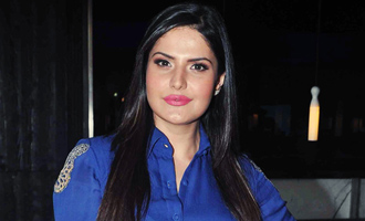 WHY Zareen Khan is visiting Law Colleges?