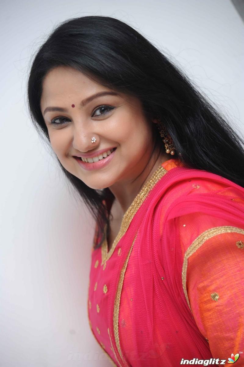 Priyanka Trivedi Photos - Tamil Actress photos, images