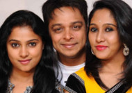 Debut for Nikila and Kavitha, Srini is counter part