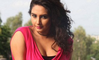 Ragini sign for Ravi Srivatsa, Mass film again