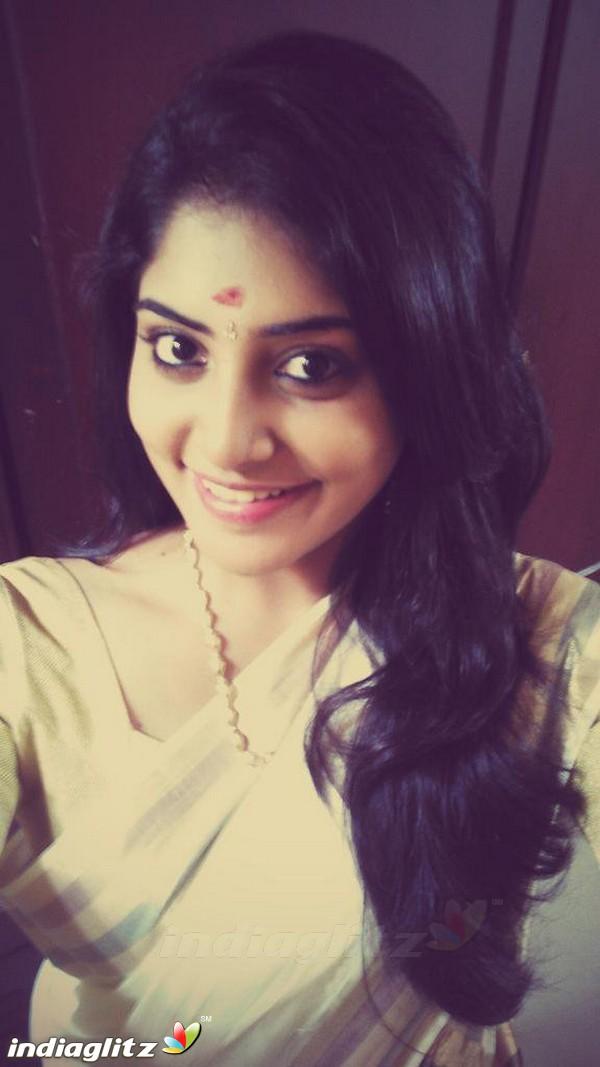 Manjima Mohan - Malayalam Actress Image Gallery - IndiaGlitz.com