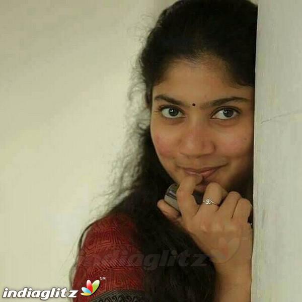 Jodi Hakki Serial Actress Pallavi Gowda Cute Photo Gallery