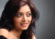 Janani Iyer does intense stunt without body double