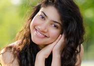 Stubborn Sai Pallavi losing many plump offers