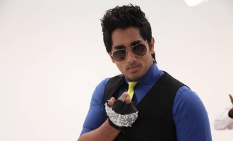 Siddharth finishes dubbing for debut Malayalam movie...