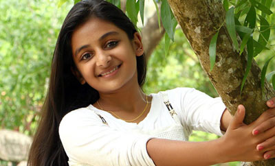 Drishyam kid Esther Anil to make her heroine debut in KOLLYWOOD