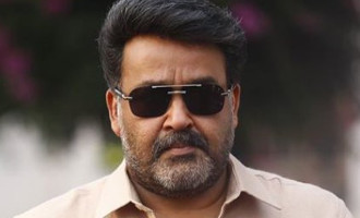 Mohanlal's new look for 'Velipadinte Pusthakam' is OUT!