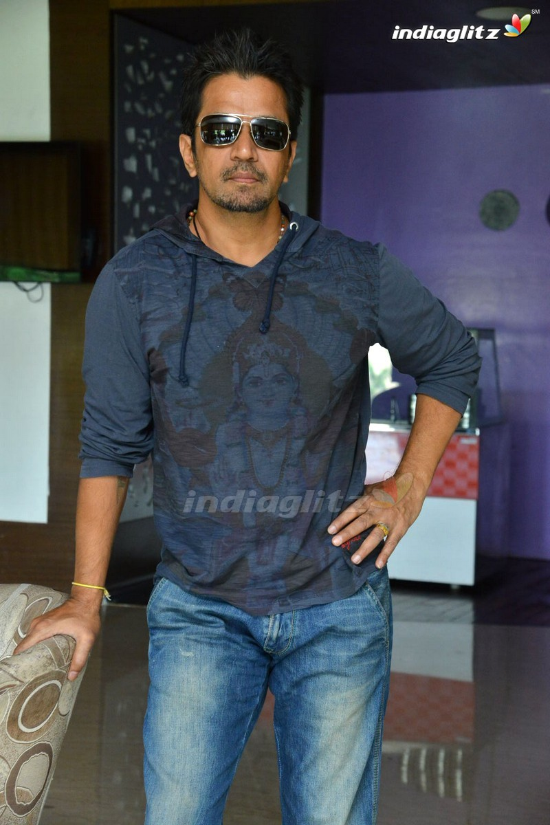 arjun photos - tamil actor photos, images, gallery, stills and clips