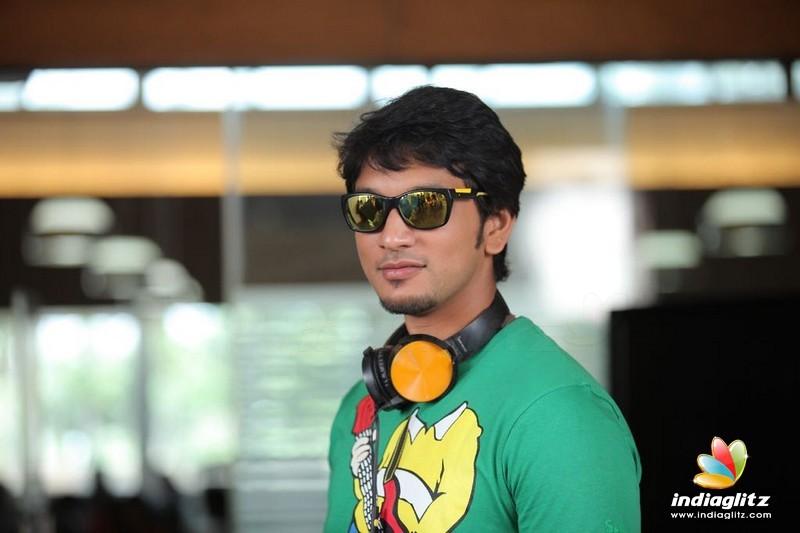 Gautham Karthik