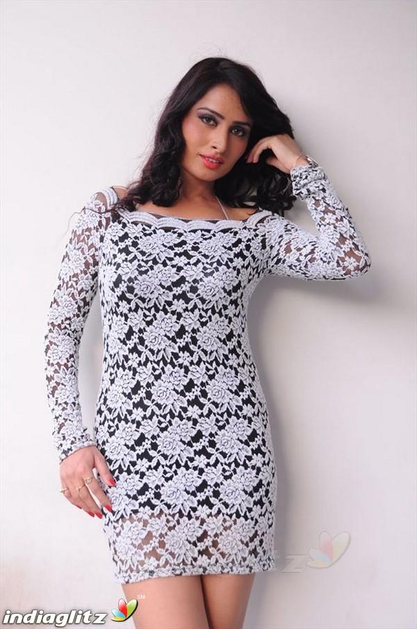 Ananya Thakur
